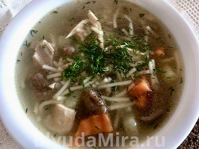 вермишелевые суп с грибами