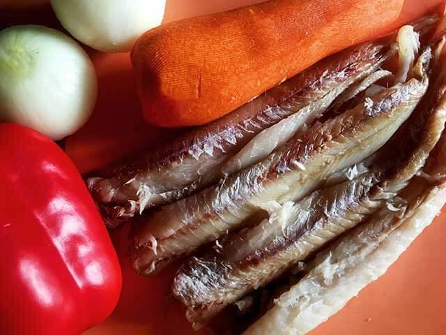 Филе минтая и овощи