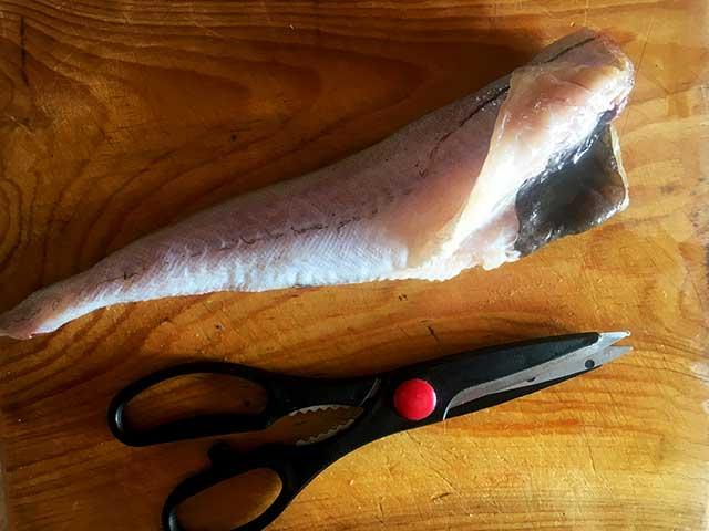 Чистим рыбу