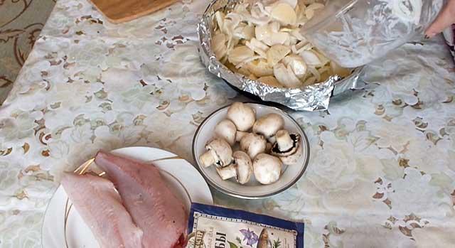 Картофель с луком и заправкой