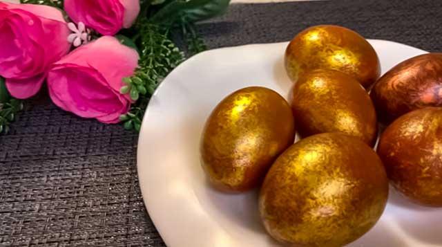 Окрашенные яйца