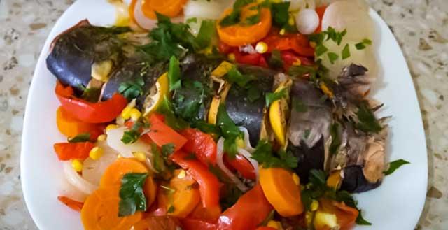 Горбуша с овощами