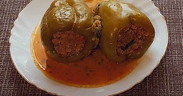 Перец со сметанным соусом