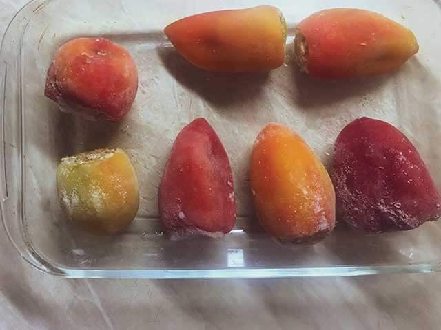 Перцы в форме для запекания