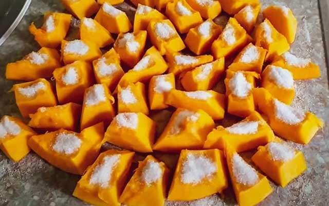 кусочки тыквы с сахаром